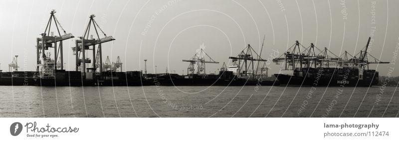 Am Burchardkai Wasserfahrzeug Stimmung Hamburg Industrie Brücke Güterverkehr & Logistik Hafen Gastronomie Steg Anlegestelle Ostsee Nordsee Kran Container Panorama (Bildformat) Börse