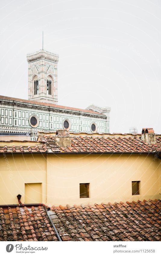 weg nach oben Wolken Florenz Toskana Italien Haus Kirche Dom Dach Sehenswürdigkeit Wahrzeichen santa maria del fiore Kathedrale Santa Maria del Fiore giotto