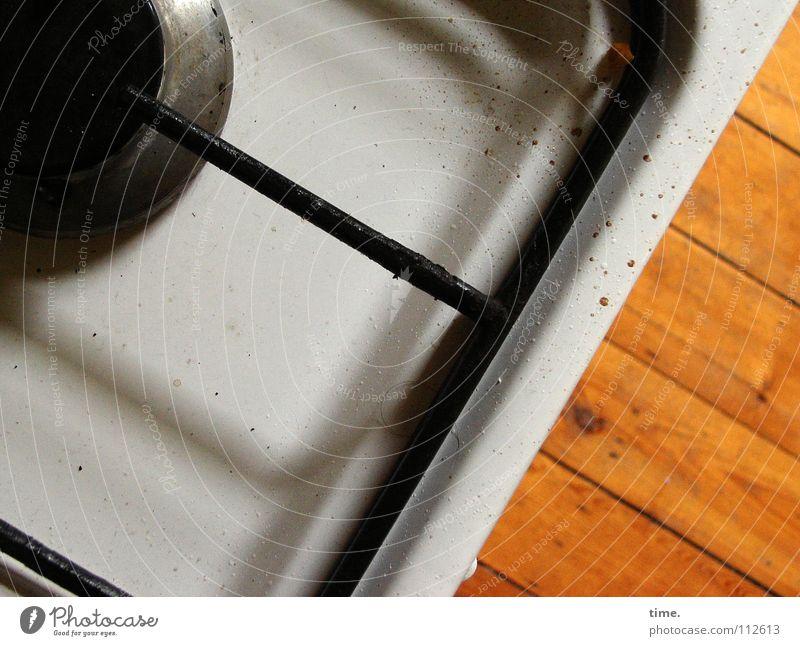 Treue Seele (II) weiß schwarz grau Wärme Metall Kochen & Garen & Backen Kommunizieren Bodenbelag Physik Dienstleistungsgewerbe Rost Fett Gas Fleck Mahlzeit Parkett