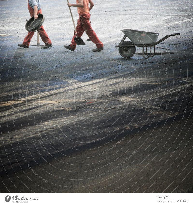 Freitag ab Eins... Mann Ferien & Urlaub & Reisen Straße Arbeit & Erwerbstätigkeit Pause Baustelle Freizeit & Hobby Asphalt Beruf Handwerk Verkehrswege