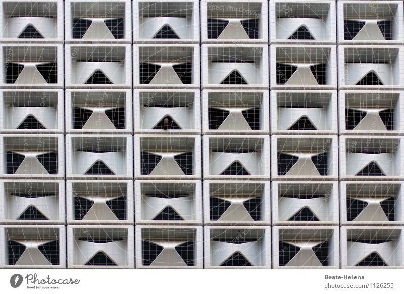 geometrisch | Mustermix weiß Erotik Haus Fenster schwarz Wand Architektur Gebäude Mauer Kunst außergewöhnlich Zufriedenheit Häusliches Leben