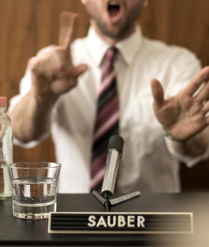 Saubermann Mann Erwachsene sprechen Business Erfolg Schriftzeichen Finger Sauberkeit retro Macht Hemd Sitzung Wirtschaft Unternehmen falsch Politik & Staat