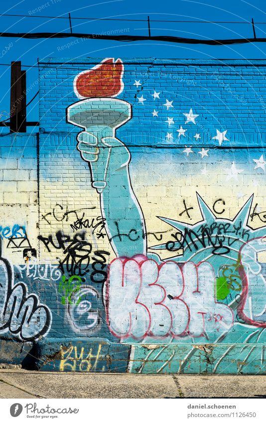 Miss Liberty Ferien & Urlaub & Reisen Tourismus Städtereise Mauer Wand Fassade Wahrzeichen Freiheitsstatue Graffiti blau New York City Brooklyn USA Amerika