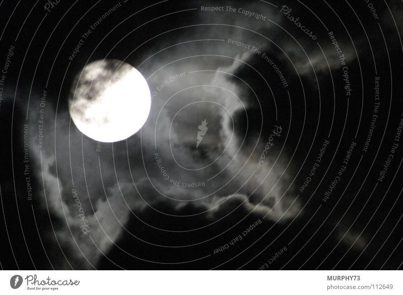 The Moon is shining down three Vollmond Nacht Wolken schwarz weiß Himmelskörper & Weltall obskur Schwarzweißfoto Mond Aura spukhaft