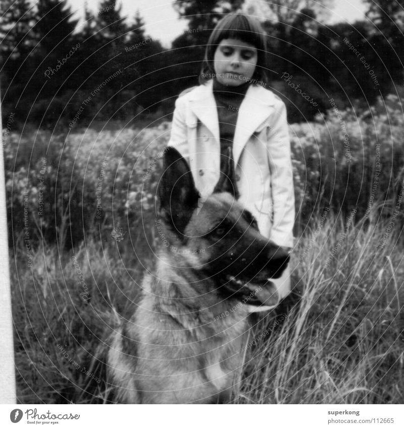 Dog Mädchen Hund Stil retro Schwarzweißfoto Andre Mayr Black White