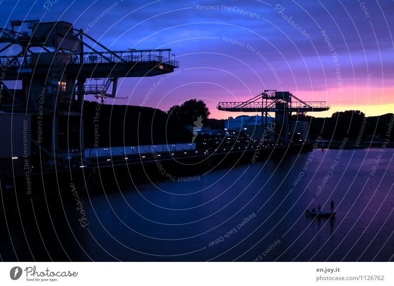 Angleridylle Mensch blau Landschaft dunkel schwarz Umwelt Energiewirtschaft Zukunft Klima Industrie Hoffnung violett Hafen Umweltschutz nachhaltig