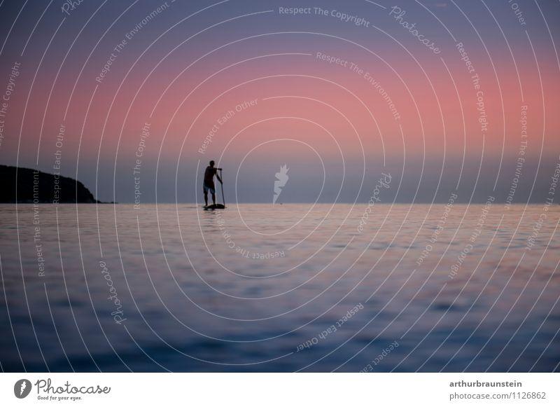 Standup Paddling an der Adria Mensch Natur Ferien & Urlaub & Reisen Mann Sommer Meer Ferne Erwachsene Leben Bewegung Sport Gesundheit Lifestyle Horizont Wasserfahrzeug maskulin