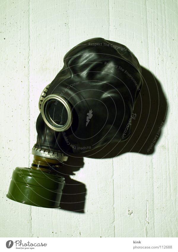 Keine Panik Atemschutzmaske Krieg Luft Schutzmaske schwarz weiß Angst Bunker Schatten