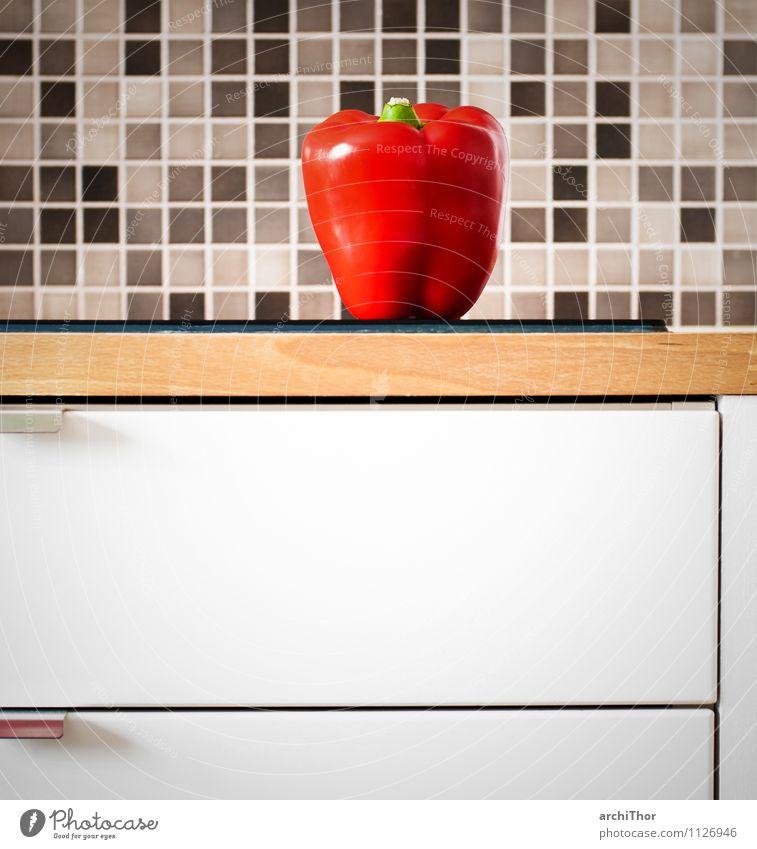 KitchenStories_Vegetables Lebensmittel Gemüse Paprika Bioprodukte Häusliches Leben Wohnung Haus Küche Fliesen u. Kacheln Küchenzeile Arbeitsplatte Holz braun