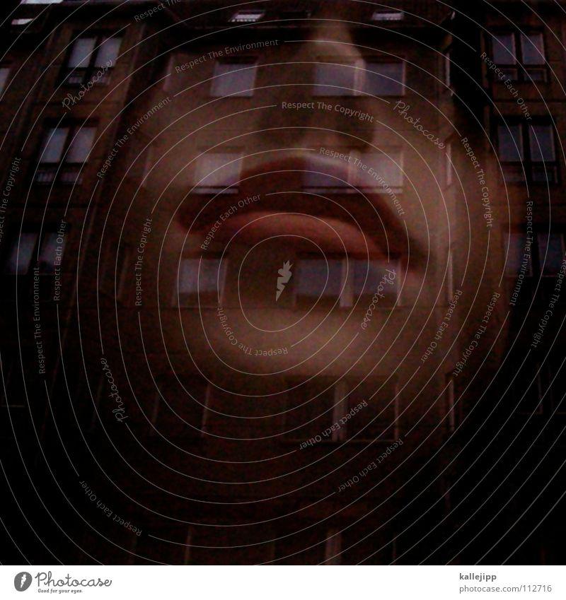 700 times berlinlove Schaufenster Lippen Frau Wimpern Schminke bewegungslos Licht Haus Fassade Architektur Puppe Fensterscheibe schaufensterscheibe Mund woman