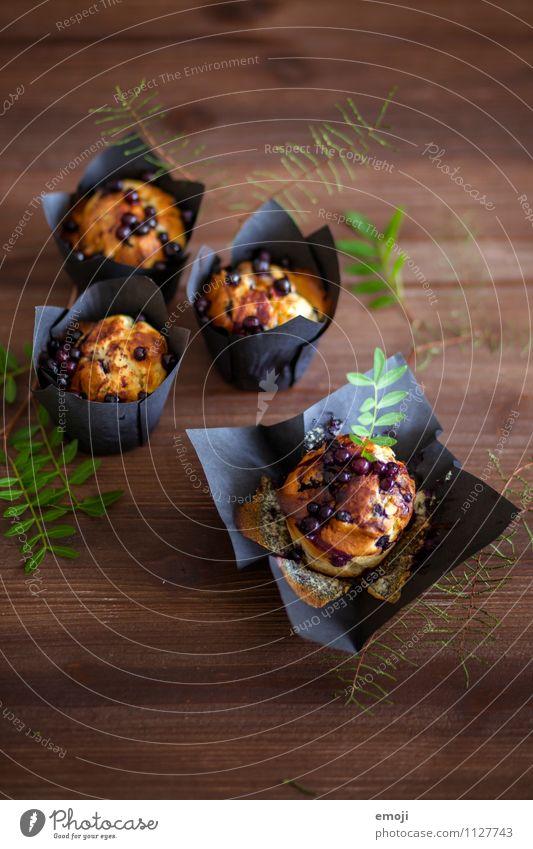 berries Kuchen Dessert Süßwaren Ernährung Frühstück Büffet Brunch Picknick lecker süß Muffin Farbfoto Innenaufnahme Menschenleer Hintergrund neutral Tag