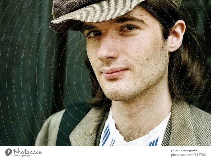Back to the Twenties Mann 18-30 Jahre Erwachsene grau Bekleidung einzigartig retro historisch Vergangenheit Mütze langhaarig altehrwürdig Nostalgie Anschnitt