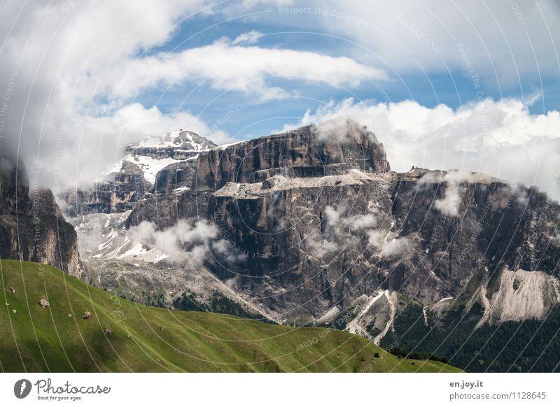 Pordoijoch Ferien & Urlaub & Reisen Tourismus Ausflug Abenteuer Sommer Sommerurlaub Berge u. Gebirge Natur Landschaft Wolken Sonnenlicht Frühling Klima Nebel