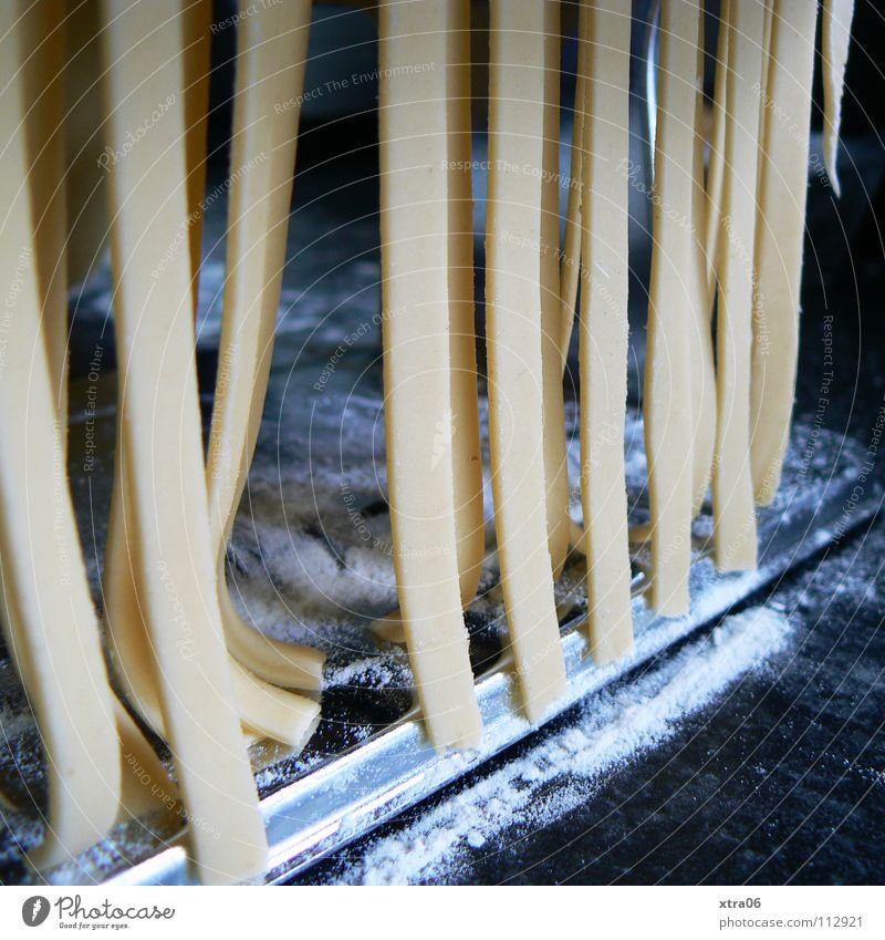 die nudeln Ernährung frisch Reihe Nudeln Teigwaren Mehl selbstgemacht