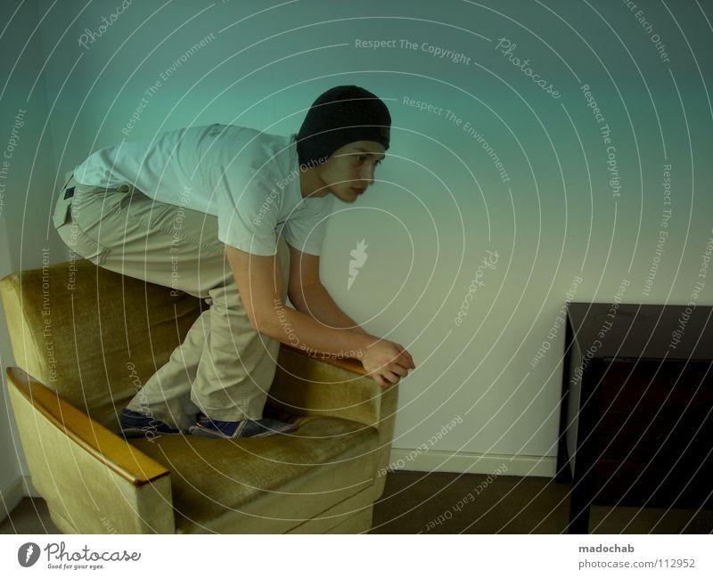 ULTRASCHALL Mensch Jugendliche Mann Einsamkeit Traurigkeit lustig Raum verrückt Kommunizieren Trauer Körperhaltung Mütze Hut Müdigkeit trashig Langeweile
