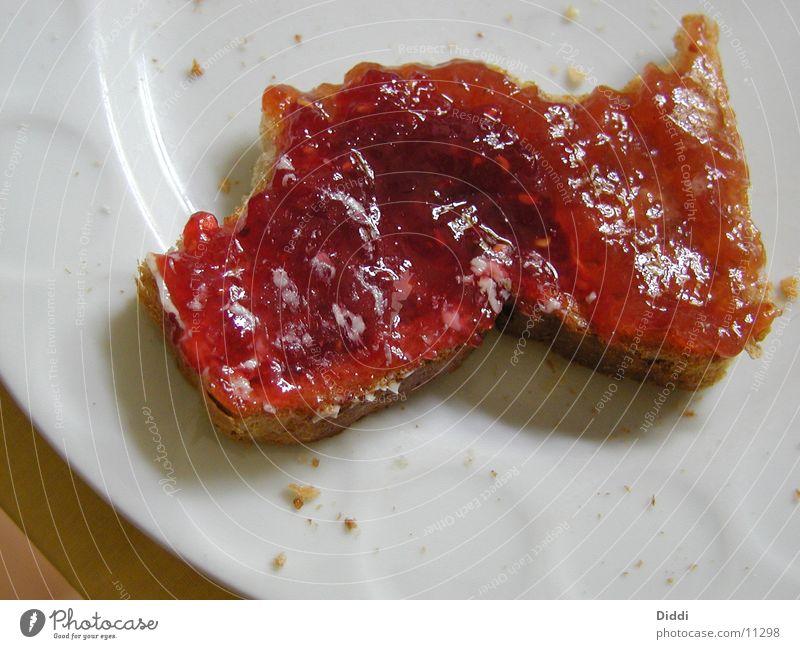 bald fertig Ernährung Brot Frühstück Teller Marmelade Butter