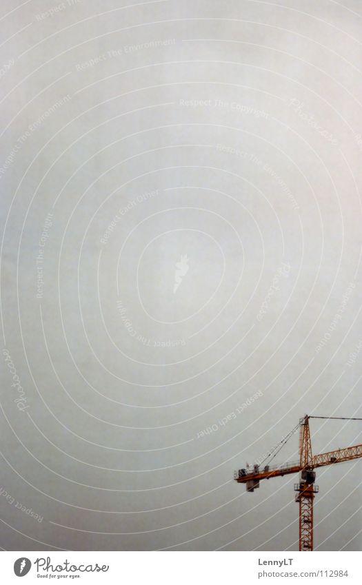 BRING BACK THE FUN INTO PHOTOGRAPHY Himmel Wolken Herbst grau Industrie trist Kran schlechtes Wetter Baukran