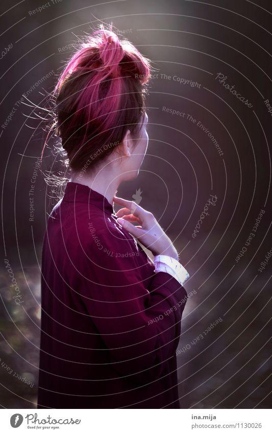 . Mensch Jugendliche Junge Frau Hand Einsamkeit 18-30 Jahre Erwachsene Gefühle feminin Stil grau Haare & Frisuren rosa elegant ästhetisch Kreativität