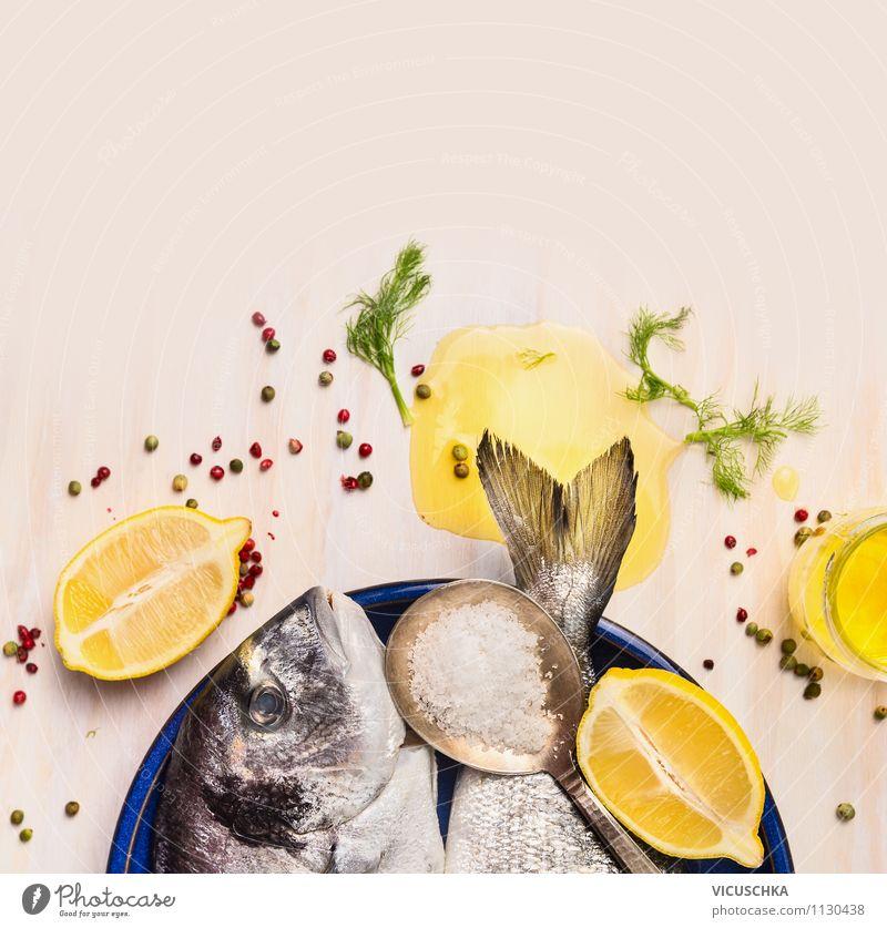 Dorado Fisch mit Öl und Zitrone Lebensmittel Frucht Kräuter & Gewürze Ernährung Mittagessen Abendessen Festessen Bioprodukte Vegetarische Ernährung Diät Teller