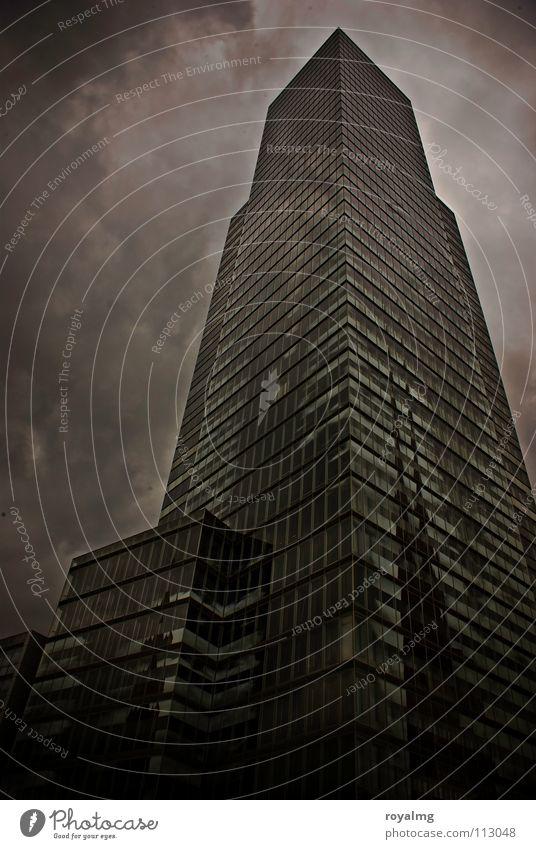 the ivory tower Hochhaus schwarz weiß Nebel Wolken dunkel trüb gefährlich Schwarzweißfoto glasfläche nebengebäude Plattenbau Turm Abend Regen Gewitter