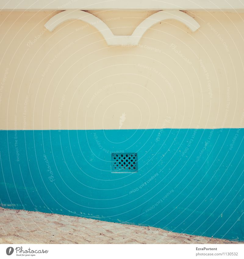 sob uma janela Ferien & Urlaub & Reisen Stadt blau Farbe weiß Haus gelb Wand Architektur Wege & Pfade Gebäude Mauer grau Stein Linie Design