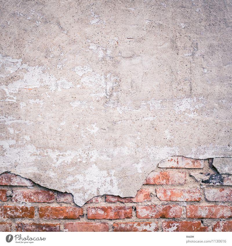 Putzfimmel Kunst Kunstwerk Mauer Wand Fassade alt authentisch dreckig kaputt grau rot Verfall Vergangenheit Vergänglichkeit Hintergrundbild Backstein Hausbau