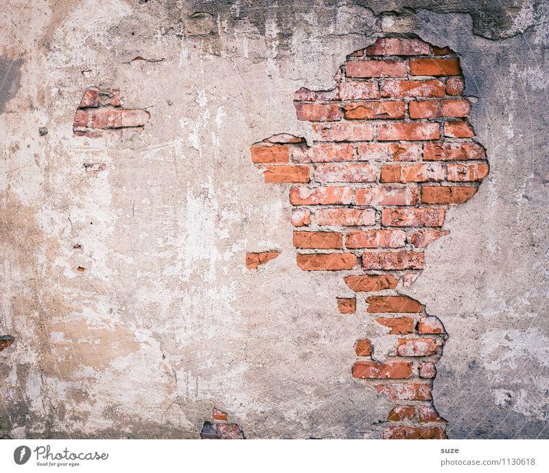 Helmut Schmidt Rauchen maskulin Mann Erwachsene Kopf Kunst Mauer Wand Beton Backstein alt außergewöhnlich kaputt trist trocken rot Rätsel Verfall Vergangenheit