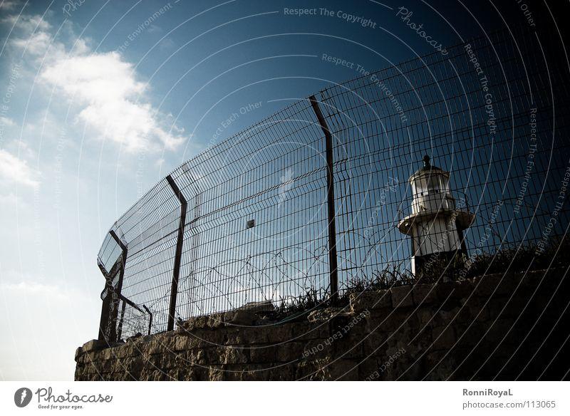 Freiheit Ade Himmel Sonne Ferne Hafen Zaun Leuchtturm gefangen Süden Israel eingeengt