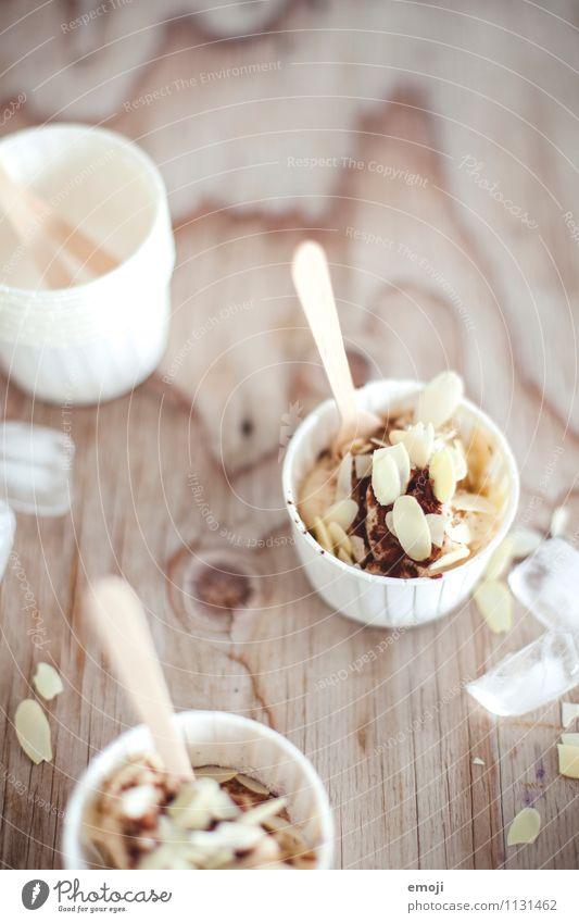 Snack Dessert Speiseeis Süßwaren Ernährung Picknick Schalen & Schüsseln lecker süß Farbfoto Innenaufnahme Menschenleer Tag Schwache Tiefenschärfe