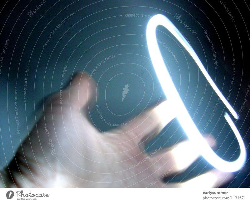 the ring Hand dunkel Lampe außergewöhnlich Angst Kraft Zufriedenheit Energiewirtschaft Erfolg gefährlich Finger bedrohlich Kreis Macht Filmindustrie