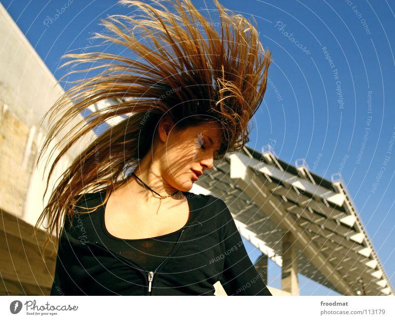 Cacatuidae Aktion liebste schön Beton Dach gefroren Party Ferien & Urlaub & Reisen Barcelona Spanien diagonal Forum blond Pornographie Schwung Sonnenenergie