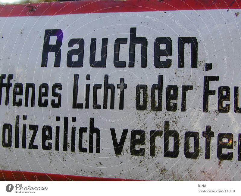 verboten Dinge Schilder & Markierungen Rauchen Brand