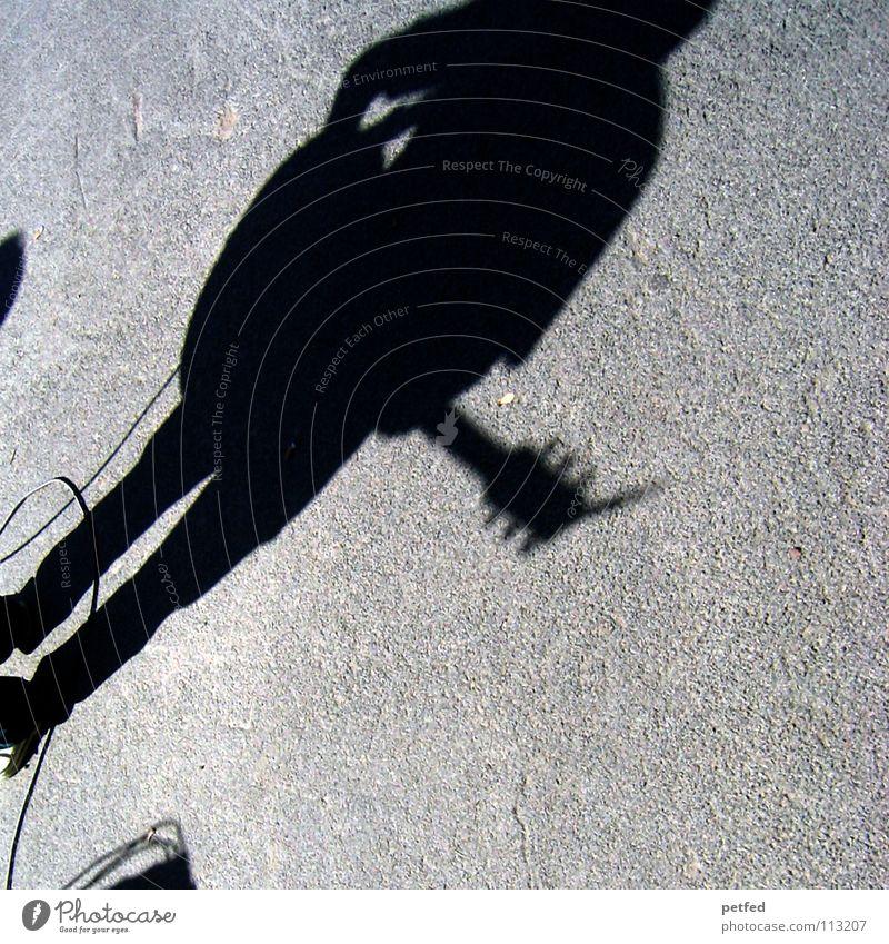 unplugged Wien Österreich Straßenmusiker Kultur Freizeit & Hobby träumen Gebet musizieren Spielen schwarz grau Europa Licht Konzert Musik Schatten Mensch Leben