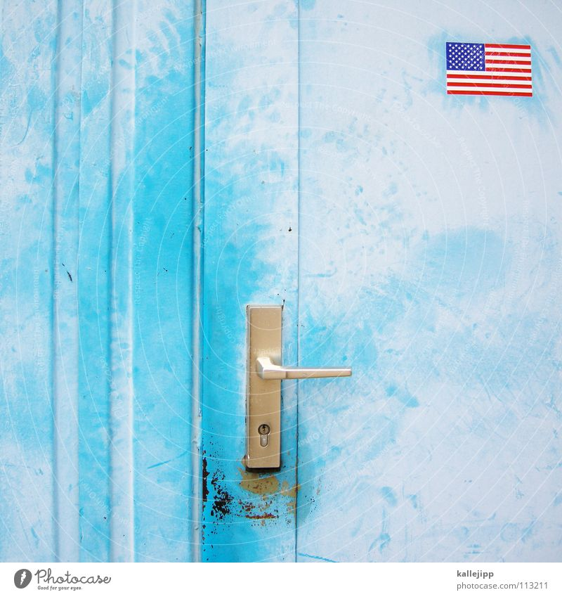 guantánamo Stars and Stripes Eingangstür himmelblau hell-blau Bildausschnitt Detailaufnahme Anschnitt Migration Griff