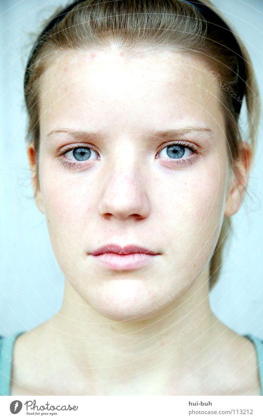 Abay! steril kalt Porträt Sauberkeit Trauer blond rosa zart weich weiß Winter Konzentration Jugendliche Gesundheit Natur schän Gesicht clean Traurigkeit