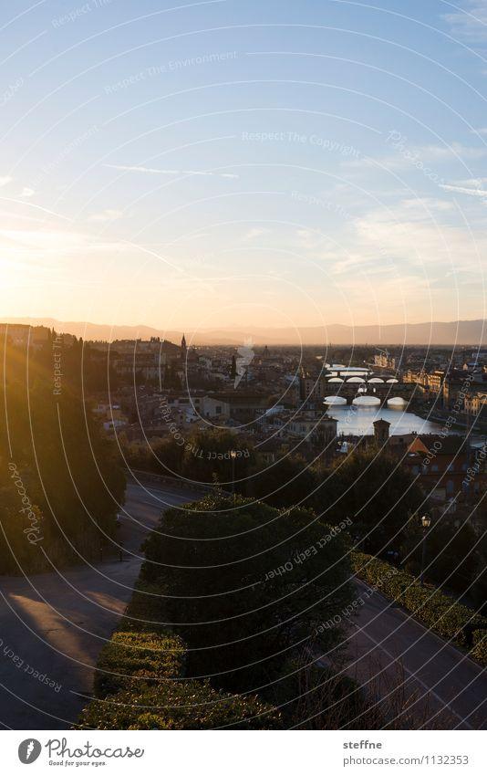 Der Frühling ist da Stadt Frühling ästhetisch Aussicht Schönes Wetter Italien Kitsch Skyline Wahrzeichen Sehenswürdigkeit Toskana Florenz Ponte Vecchio Piazzale Michelangelo
