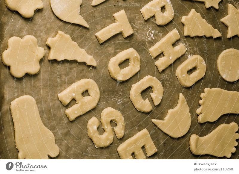 Photokeks | 300 Weihnachten & Advent Kochen & Garen & Backen Buchstaben lecker Kuchen Backwaren Haushalt roh Plätzchen Blech Weihnachtsgebäck stechen Backblech Plätzchenteig Plätzchen ausstechen