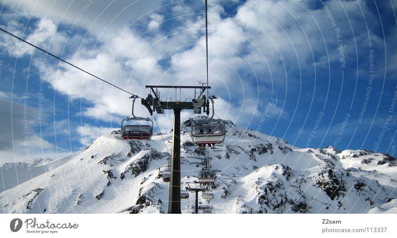 bergfahrt Österreich Sesselbahn Gipfel weiß Winter Schneelandschaft Wolken Skigebiet November Wintersport Berge u. Gebirge Alpen aufwärts oben hoch Himmel
