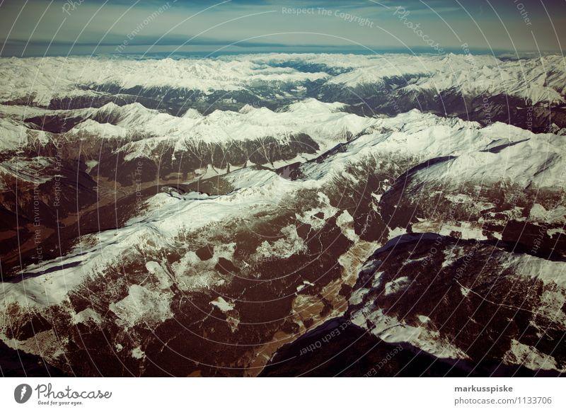 alpen Himmel Ferien & Urlaub & Reisen Landschaft Ferne Berge u. Gebirge Frühling Glück Freiheit fliegen Freizeit & Hobby Zufriedenheit Tourismus Geschwindigkeit