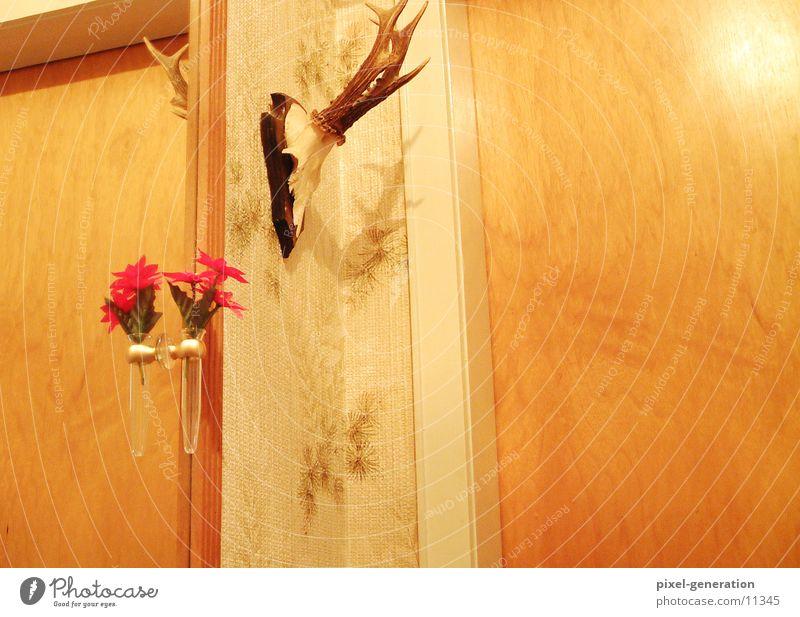 Letzte Woche bei Oma Wohnung gelb Horn Farbfoto Innenaufnahme Kunstlicht Dekoration & Verzierung Menschenleer hängend Wand 1 Blume Spiegel außergewöhnlich
