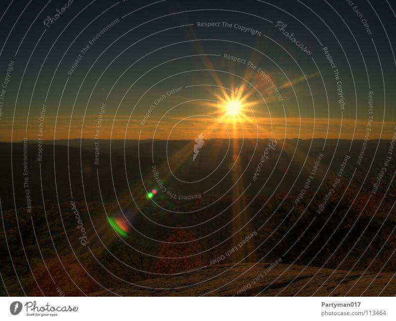 Sonnenuntergang HDR Sonnenaufgang Licht erleuchten Nebel USA Amerika gelb hell Sommer Herbst Freiheit New York State Gegenlicht Sonnenlicht Sonnenstrahlen