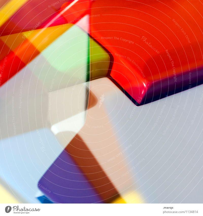 Plastic World Lifestyle elegant Stil Design Kunststoff Linie außergewöhnlich eckig trendy einzigartig modern verrückt Farbe Perspektive Irritation