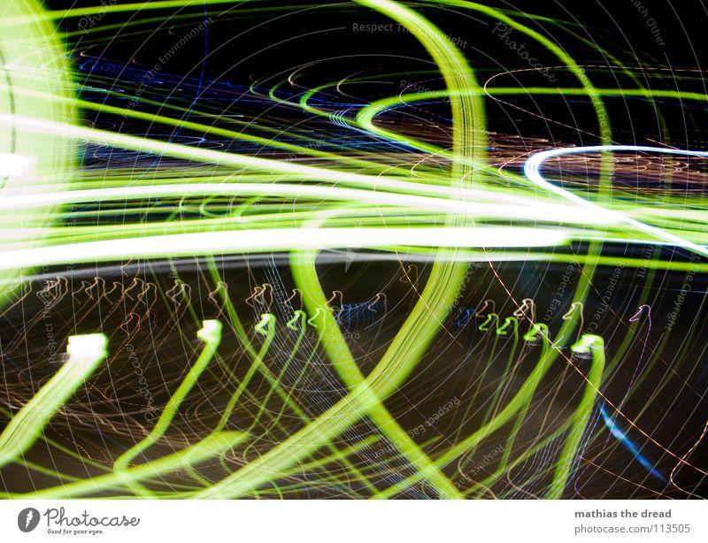Das War Ein Langer Nachhauseweg! II Licht Kreis Lichtpunkt gelb weiß Rauschmittel Experiment Nacht dunkel schwarz verrückt Spielen Freude Langzeitbelichtung