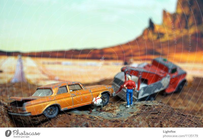 Schrotti wir haben ein Problem Ferien & Urlaub & Reisen Ferne Freiheit Berge u. Gebirge Maschine Mensch maskulin 2 30-45 Jahre Erwachsene Kunst Landschaft Erde