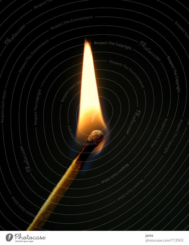Feuer Streichholz heiß Licht dunkel Erkenntnis Frieden Brand Flamme Wärme jarts hell