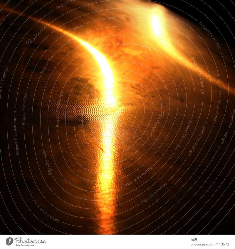 Ego-Licht weiß schwarz dunkel Freiheit Kraft orange Erde Kraft Macht Physik Wissenschaften Konzentration Weltall Kurve gerade gekrümmt