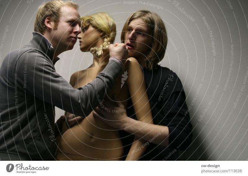 zu geil für diese welt berühren Junger Mann Schaufensterpuppe Streicheln Mann Belästigung Sexismus belästigen Sexobjekt