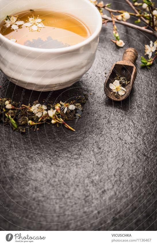 Asiatische Traditionsgetränk - grüner Tee schwarz Leben Blüte Stil Gesundheit Lebensmittel Zufriedenheit Design frisch Tisch Getränk Duft harmonisch