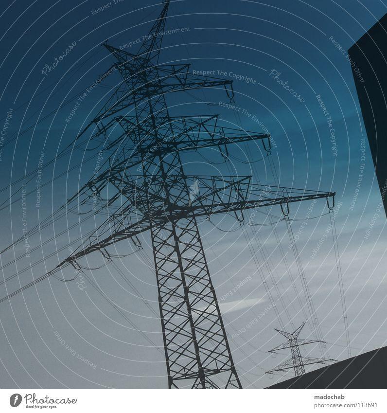 A88TRACT YOUR WORLD Himmel Metall Kraft Energiewirtschaft Erfolg Kraft Elektrizität gefährlich Macht bedrohlich Industriefotografie Konstruktion elektronisch elektrisch Lebensgefahr erhaben