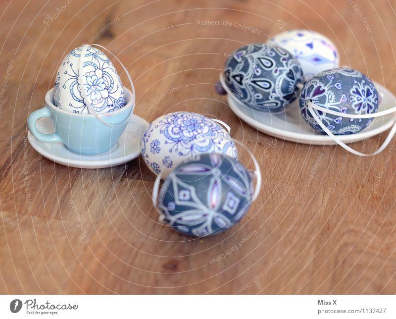Ostereier blau weiß Lebensmittel Freizeit & Hobby Dekoration & Verzierung Ernährung Tisch malen Ostern Kitsch zeichnen Teller Basteln bemalt Ornament